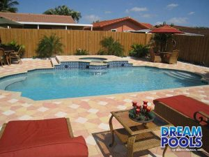 leyaanes_pool_with_chairs